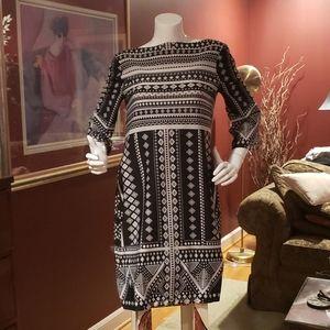 Black And Cream Pullover Shift Dress Size 10